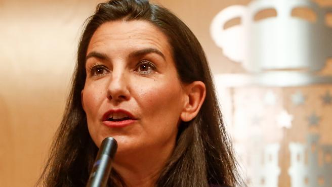 Imagen de archivo de una rueda de prensa de la portavoz del Grupo Parlamentario Vox en la Asamablea de Madrid, Rocío Monasterio.