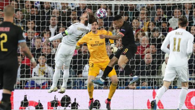 El gol de Gabriel Jesús ante Sergio Ramos en el Madrid - CIty.