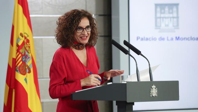 La ministra Montero, tras la reunión de la mesa de diálogo.