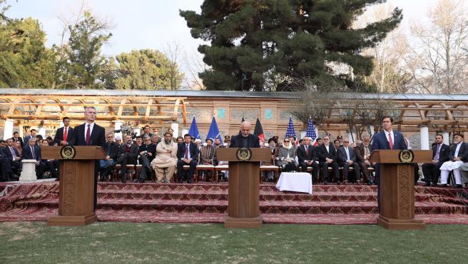 Rueda de prensa tras el acuerdo de paz entre Estados Unidos y los talibanes.