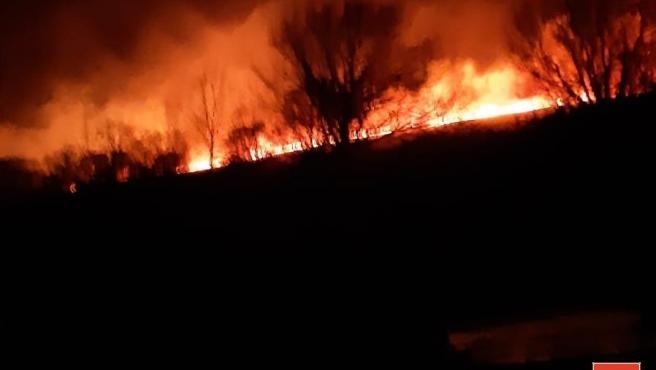 Incendio forestal esta madrugada en las cercanías de Suano, en Campoo de Suso