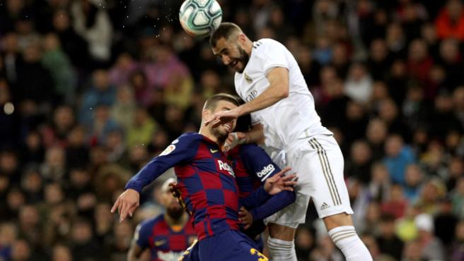 Partido entre Real Madrid y Barcelona.