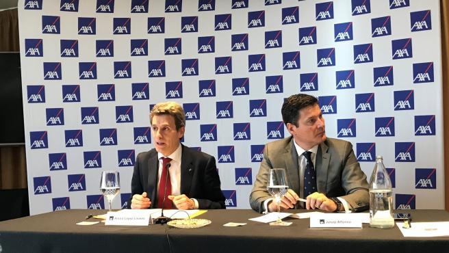 Arturo López Linares, director de Siniestros y lucha contra el fraude de AXA España, y Josep Alfonso, director de Comunicación, RRII y RC de AXA España.