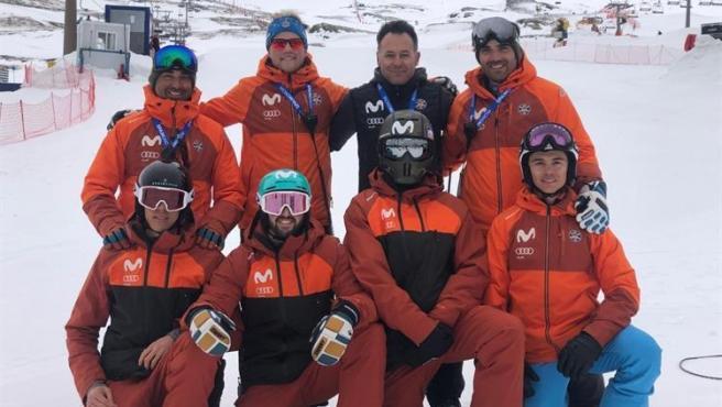 El equipo español de Snowboard Cross en Sierra Nevada