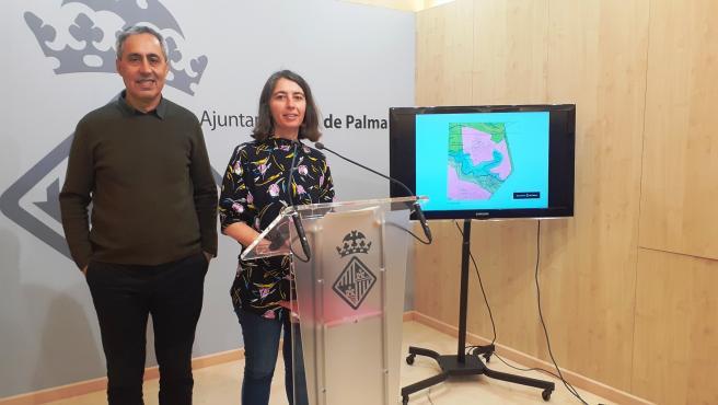 El gerente de Urbanismo de Palma, Joan Riera, y la regidora, Neus Truyol.