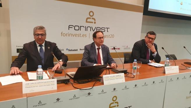 El presidente del ICo, Jose Carlos García Quevedo, el conseller de Hacienda, Vicent Soler y el presidente de APD Levante, Íñigo Parra durante la inauguración de Forinvest 2020.