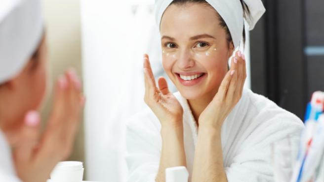 Tener una rutina de belleza es fundamental para lucir una piel radiante.