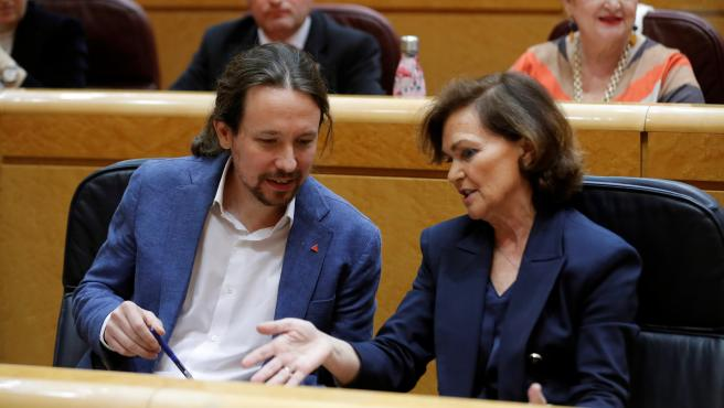 Los vicepresidentes primero y segundo del Gobierno, Carmen Calvo y Pablo Iglesias.
