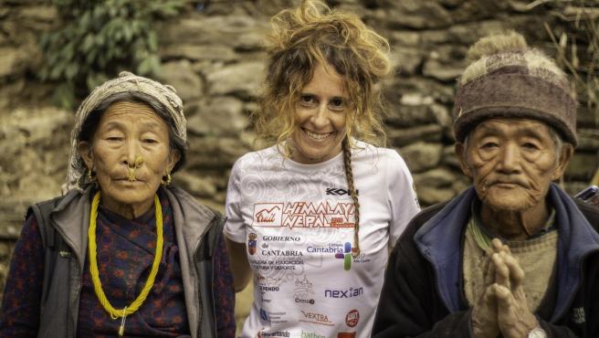 Nota Y Fotos Conferencia De Raquel García Sobre Nepal