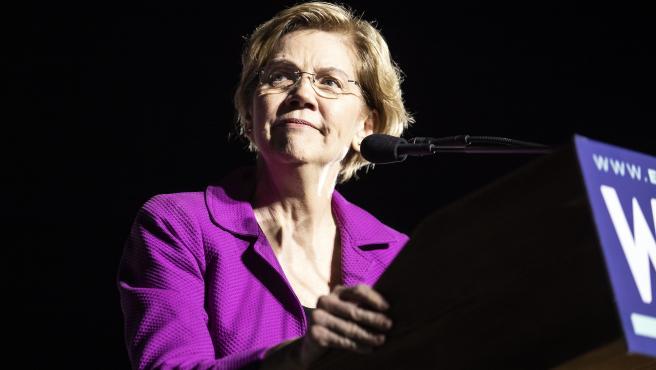 Elisabeth Warren, durante un discurso.
