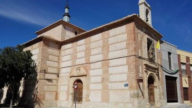 Iglesia Del Santo Cristo De La Misericordia En Valdepeñas.