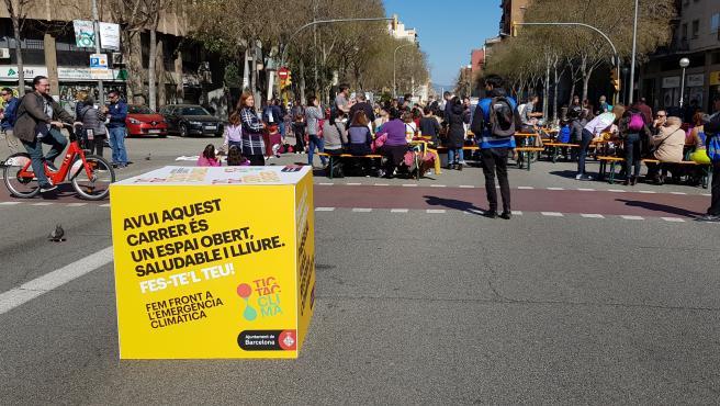 Corte de la calle Aragó dentro de la iniciativa 'Obrim Carrers'.