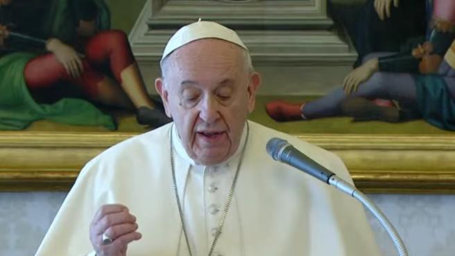 Captura de pantalla del 'streaming' del rezo del Ángelus del Papa este domingo.
