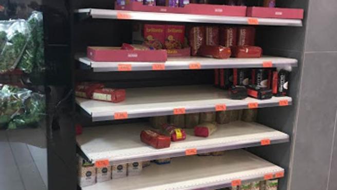 Las legumbres y el arroz fueron otros de los productos no perecederos que casi se agotaron en varios supermercados madrileños.