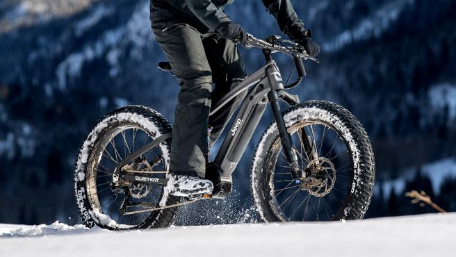 La marca estadounidense saca al mercado una dos ruedas eléctrica ideal para salir de la carretera y la ciudad y dominar la montaña.