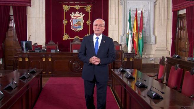 El alcalde de Málaga, Francisco de la Torre, durante su mensaje de Navidad 2019