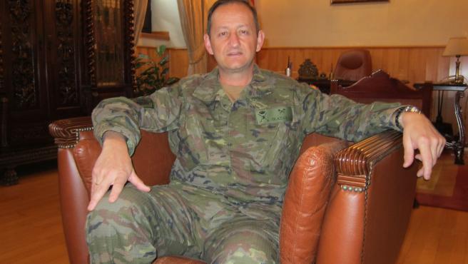 El general de Brigada Ignacio Olazábal en su despacho del Gobierno Militar de Córdoba.