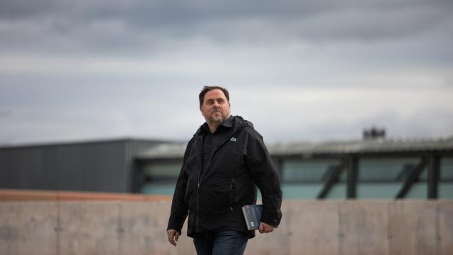 El líder de ERC, Oriol Junqueras, a su salida de la prisión de Lledoners