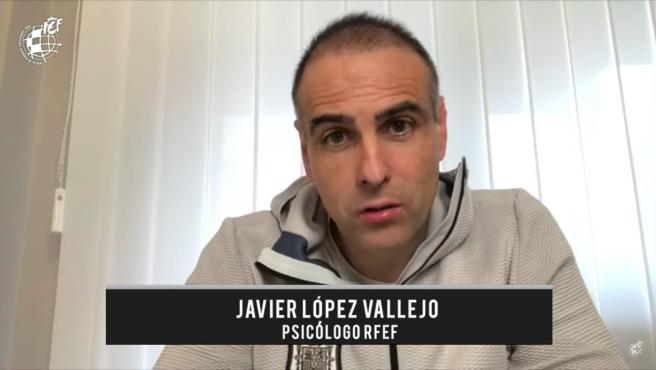 Javier López Vallejo, psicólogo de la RFEF y la selección.