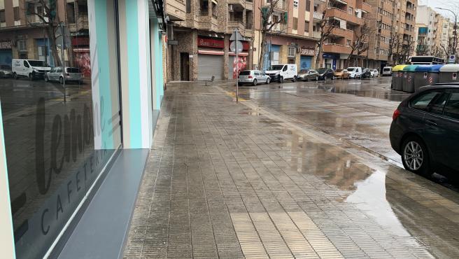 La Avinguda de València de Lleida, vacía este lunes