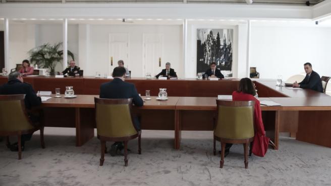 Pedro Sánchez, este lunes en el comité de crisis del coronavirus.