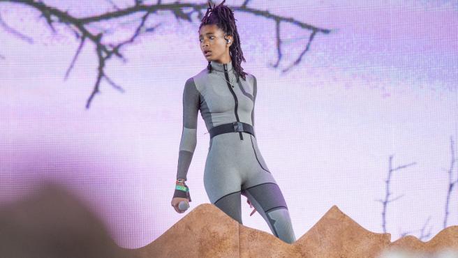 Willow Smith, durante su actuación en el festival Coachella.