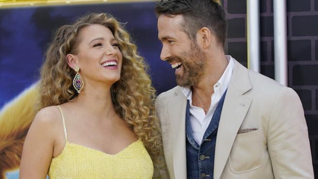 Ryan Reynolds y Blake Lively donan un millón de dólares por el coronavirus (y dan el teléfono de Hugh Jackman)