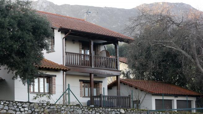 Autor: D.ARIENZA Foto: DAMIAN ARIENZA Llanes, Asturias, 20 febrero 2019, asesinato en llanes registro de la vivienda del presunto cabecilla
