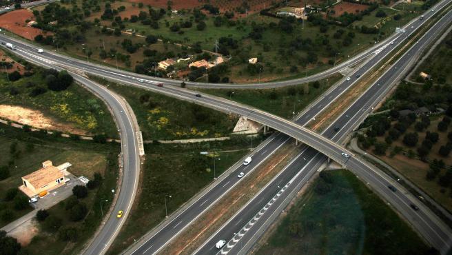 Carretera Manacor (Baleares), coche, tráfico