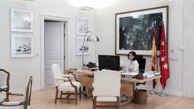 Isabel Díaz Ayuso en su despacho el pasado 15 de marzo. Archivo.