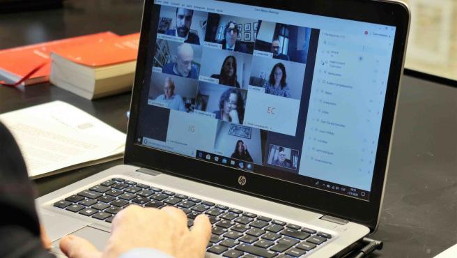 Videoconferencia de la reunión de la Mesa del Parlament.