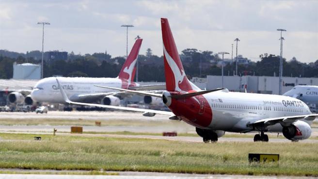 Aviones de la aerolínea australiana Qantas, en el aeropuerto de Sídney.