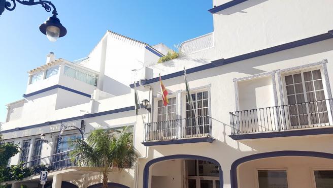 Fachada del Ayuntamiento de Estepona (Málaga)