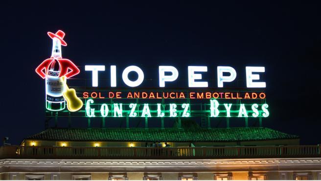 Imagen de recurso del luminoso de Tío Pepe en la Puerta del Sol.