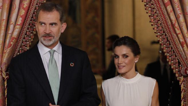 Newtral prepara una serie documental sobre la corrupción en la familia real