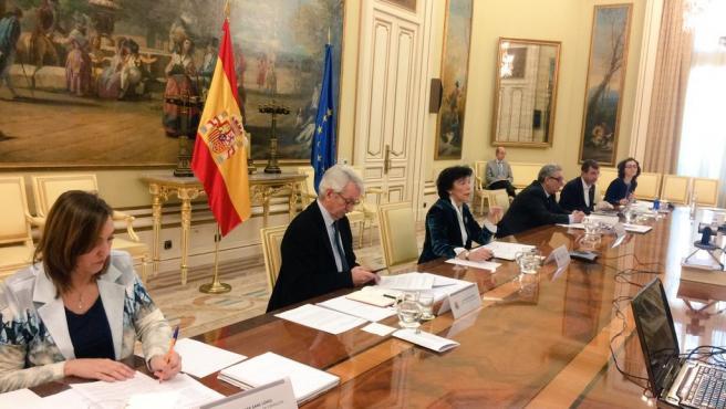 La ministra de Educación, Isabel Celaá, en la Conferencia Sectorial con los consejeros del ramo para tratar la situación por el coronavirus.
