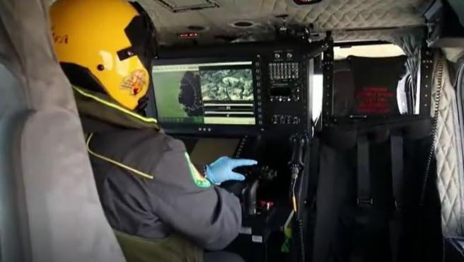 La Policía italiana ha puesto en marcha este sábado el operativo llamado 'ojo en el cielo', con el que vigila que sus ciudadanos cumplan con las medidas decretadas por el Gobierno para reducir los contagios de coronavirus.