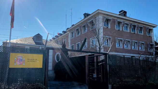 Entrada al Palacio de la Moncloa, sede de la Presidencia del Gobierno de España, en Madrid (España) a 21 de febrero de 2020.