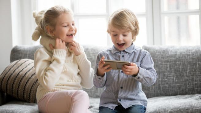 Aunque no hay que prohibir los videojuegos, si que hay que controlar el tiempo de exposición.