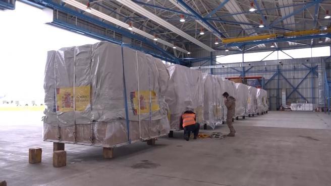 Ya está en Madrid el avión militar procedente de China con material sanitario