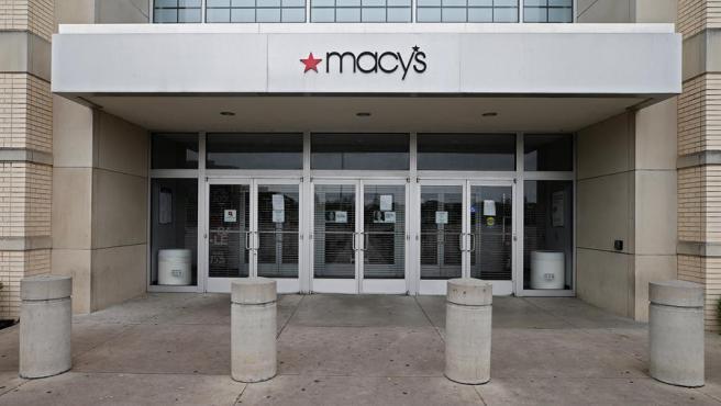 Una tienda de Macy's en Dallas (Texas, EE UU), cerrada por la pandemia del coronavirus COVID-19.