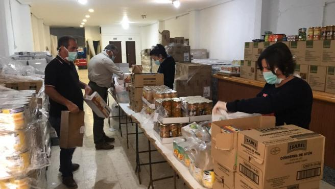 Distribución de alimentos en Guillena