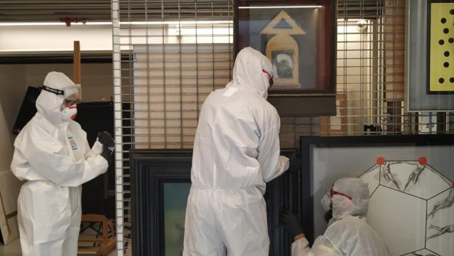 El traslado de las obras se ha hecho bajo medidas de seguridad sanitaria excepcionales a causa del coronavirus