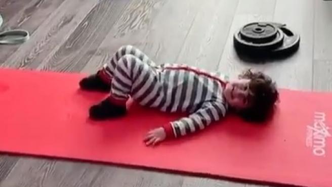 Ciro Messi enseña a entrenar a su padre.