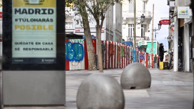 La madrileña calle Montera, lugar habitual de prostitución callejera, vacía.