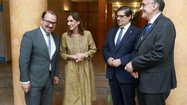 A conselleira de Educación, Universidade e Formación Profesional, Carmen Pomar, preside a reunión do Consello Galego de Universidades.