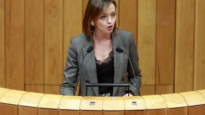 A conselleira de Política Social, Fabiola García, comparece no Pleno do Parlamento de Galicia para informar sobre a atención ás persoas maiores
