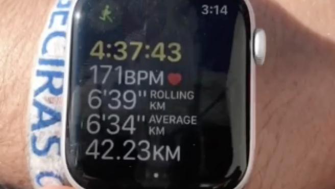 Reloj marcando la distancia