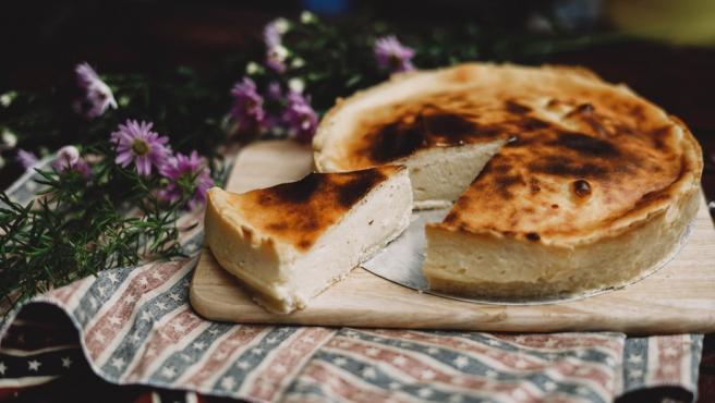 La tarta de queso es una de las favoritas en la mesa.