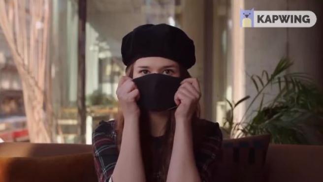 Imagen del vídeo viral en República Checa en el que instan a utilizar mascarillas.